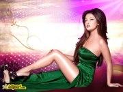 Рийя Сен в зеленом платье