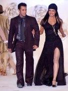 Приянка Чопра и Салман Хан на церемонии открытия индийской премьер лиги
