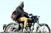 Санни Деол в фильме Великий Сингх Сааб (Singh Saab The Great)